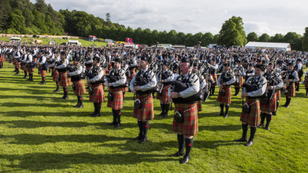 270615_Euro-Pipe-Band-Forres-2015_0572-768x432