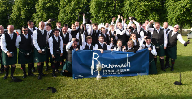 Celebrations from the St Lawrence O'Toole Pipe Band from Dublin after winning the European Championships 2016. Picture - Phil Downie